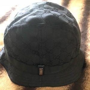 🔥SALE🔥GUCCI Bucket Hat (New)